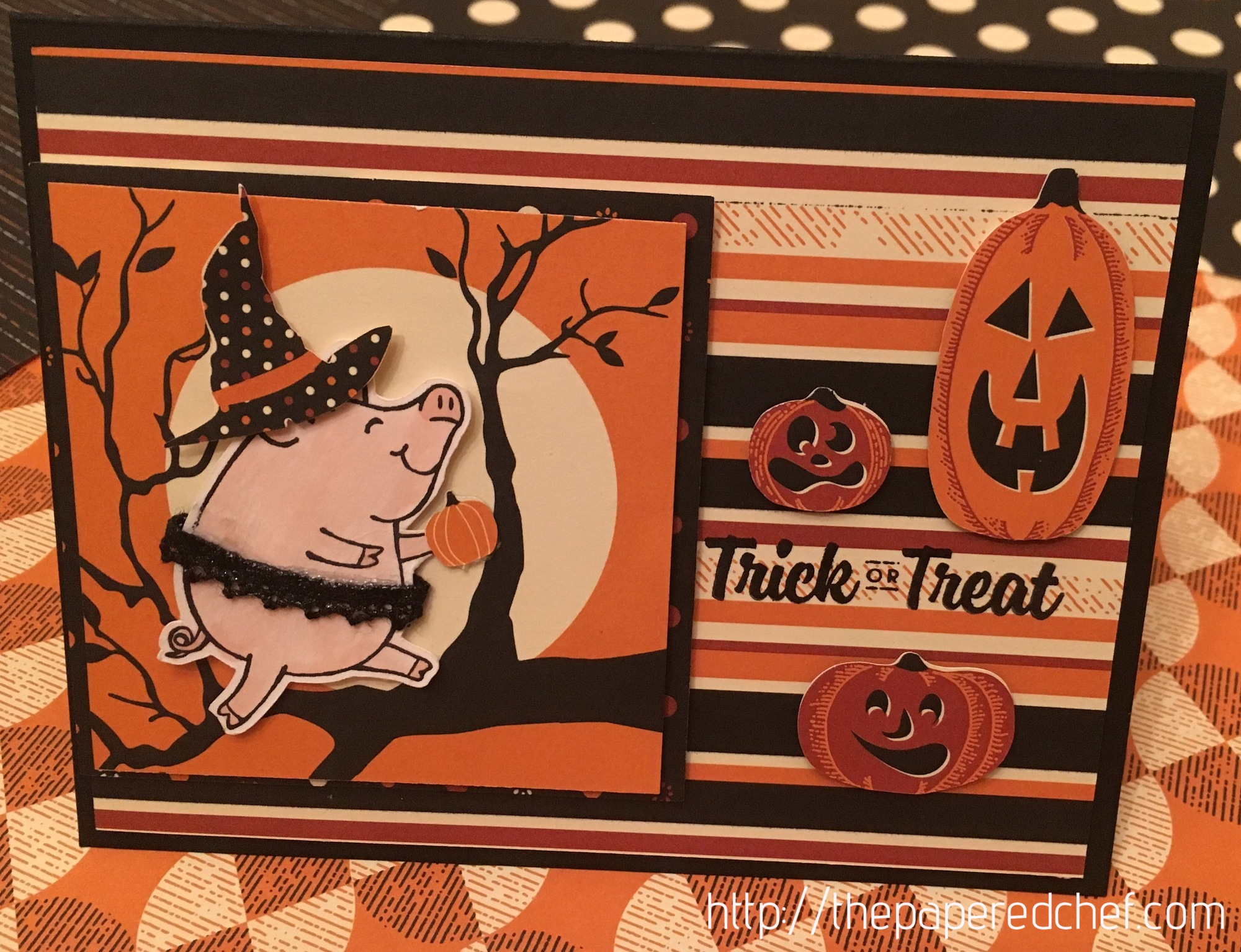 This Little Piggy says Trick or Treat card