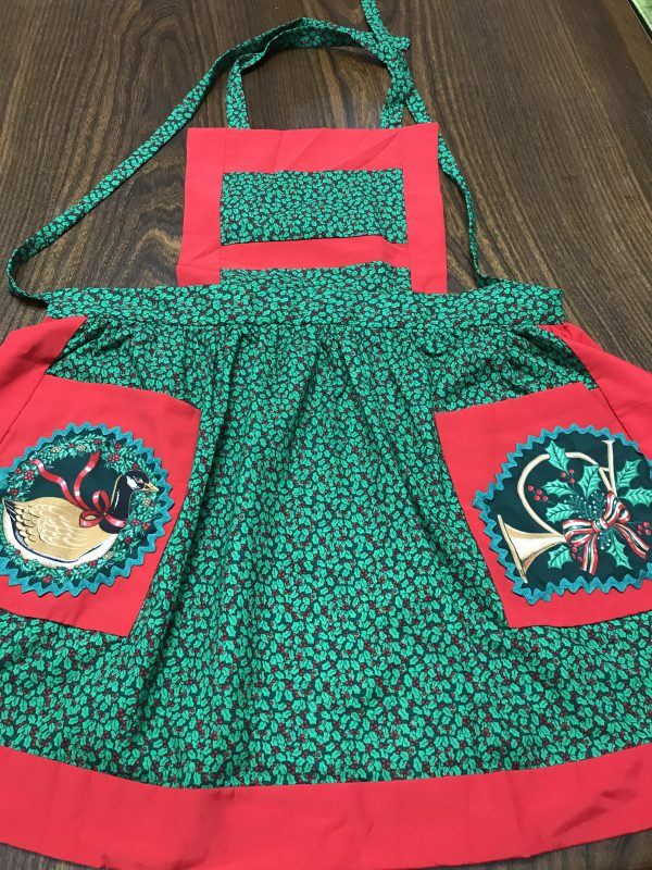 Holly Apron